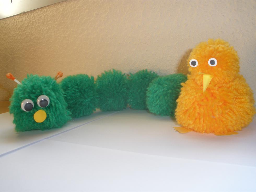 Cómo hacer unos Pompones con lana