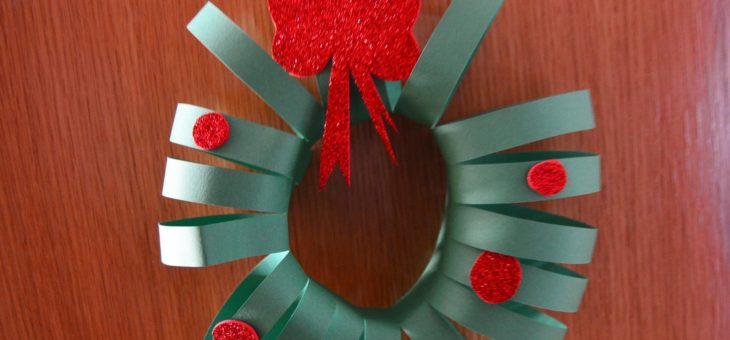 Decoración navideña puerta de casa